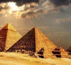 مصر: لن نفرط بذرة تراب من أرض سيناء