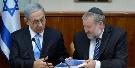 مندلبليت يحذر نتنياهو من ضم غور الأردن