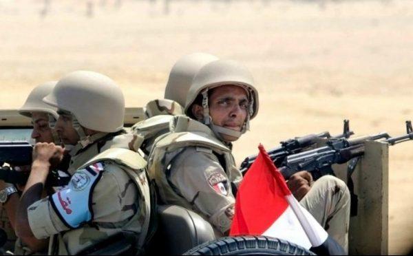 """سيناء: مقتل 5 عناصر في الشرطة بكمين نصبه مسلحو """"داعش"""""""