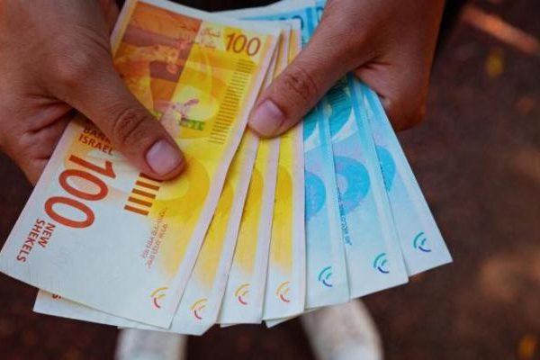 الدولار اليوم.. أسعار صرف العملات في فلسطين الاثنين 25 أكتوبر